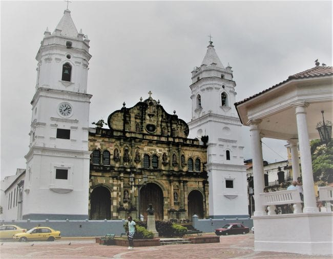 The facade - brownstone with white towers- of Panama Metropolitan Cathedral