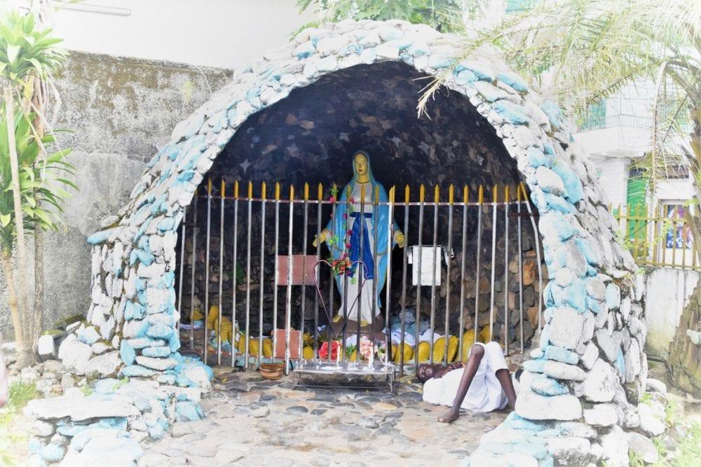 A crib scene in Libreville