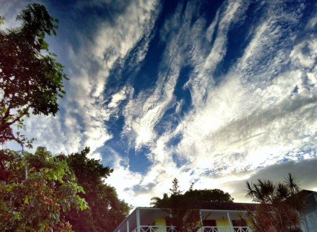 Clouds above the plantation house