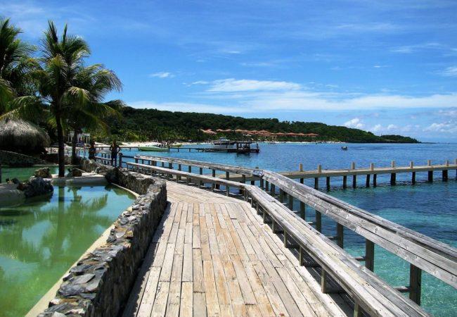 Long wooden piers at Roatan Honduras