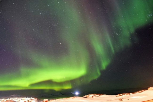 Green flares above Ilulissat - The Northern Lights