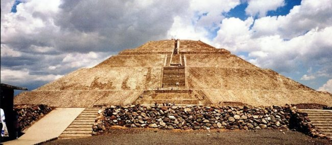 Panoramic view of the Pyramid of the Sun, Teotihuacan