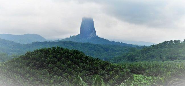 The Pico Cão Grande São Tomé