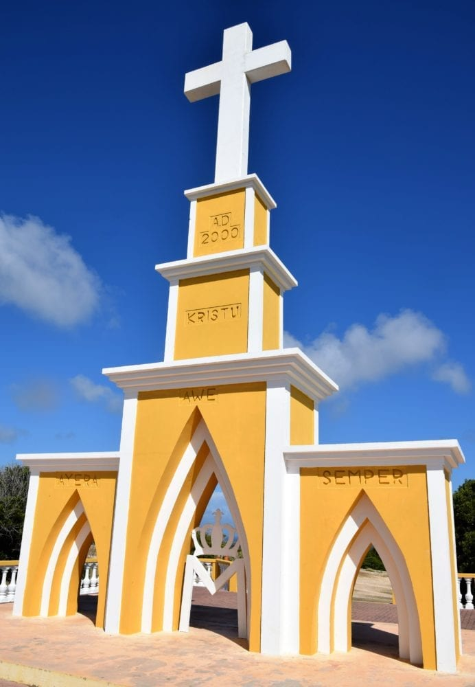 A yellow memorial cross, Bonaire