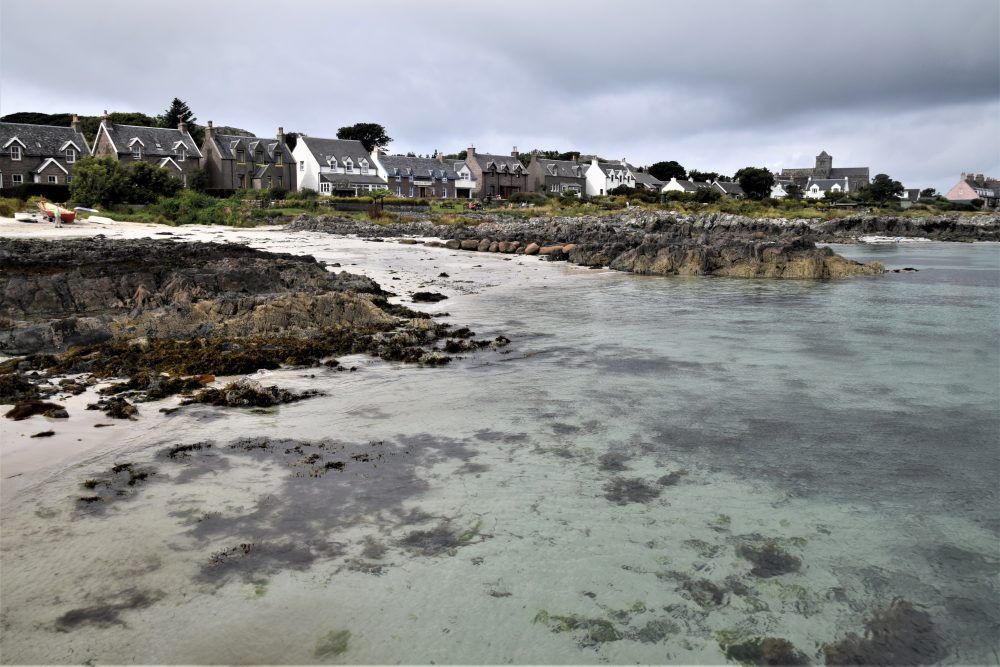Clear pale green seas at Iona