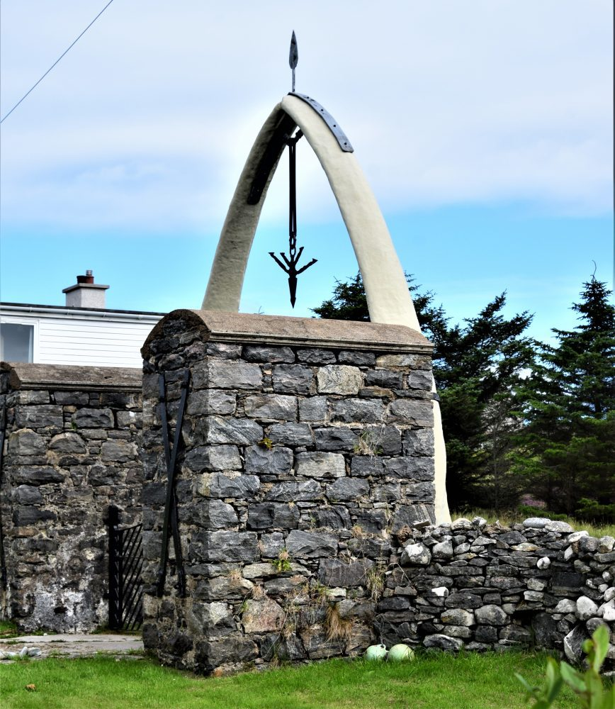 Whalebone arch at Bragar, Lewis